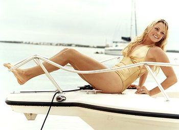 Jennie_finch_bikini_display_image