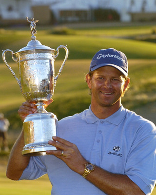 Retief Goosen wins the 2004 U. S. Open  at Shinnecock Hills,  June 20, 2004. (Photo by A. Messerschmidt/Getty Images)