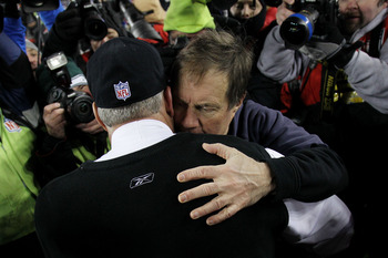 FOXBORO, MA - JANUARY 16:  Head coach Bill Belichick of the New England Patriots hugs head coach Rex Ryan of the New York Jets following their 2011 AFC divisional playoff game at Gillette Stadium on January 16, 2011 in Foxboro, Massachusetts.  (Photo by E