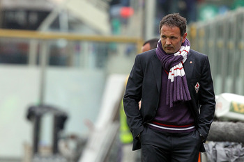 FLORENCE, ITALY - NOVEMBER 07: Fiorentina head coach Sinisa Mihajlovic looks on during the Serie A match between Fiorentina and Chievo at Stadio Artemio Franchi on November 7, 2010 in Florence, Italy.  (Photo by Gabriele Maltinti/Getty Images)