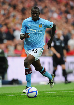 LONDON, ENGLAND - APRIL 16:  Mario Balotelli of Manchester City in action during the FA Cup sponsored by E.ON semi final match between Manchester City and Manchester United at Wembley Stadium on April 16, 2011 in London, England.  (Photo by Mike Hewitt/Ge