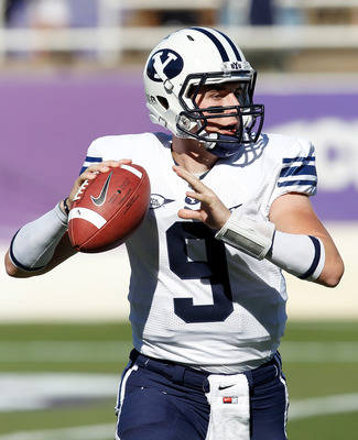 FORT WORTH, TX - OCTOBER 16:  Quarterback Jake Heaps #9 of the Brigham Young University Cougars throws a pass against the Texas Christian University Horned Frogs at Amon G. Carter Stadium on October 16, 2010 in Fort Worth, Texas.  (Photo by Tom Pennington