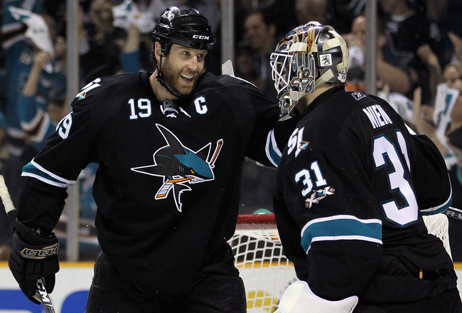 SAN JOSE, CA - MAY 01:  Joe Thornton #19 congratulates Antti Niemi #31 of the San Jose Sharks after they beat the Detroit Red Wings in Game Two of the Western Conference Semifinals during the 2011 NHL Stanley Cup Playoffs at HP Pavilion on May 1, 2011 in
