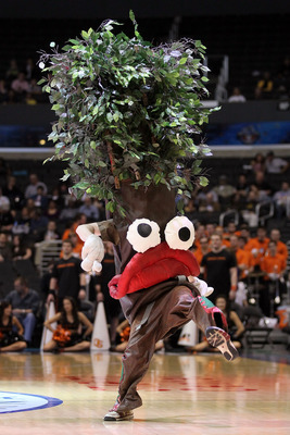 LOS ANGELES, CA - MARCH 09:  The Stanford Tree dances on the court during a break in the game between the Oregon State Beavers and the Stanford Cardinal in the first round of the 2011 Pacific Life Pac-10 Men's Basketball Tournament at Staples Center on Ma