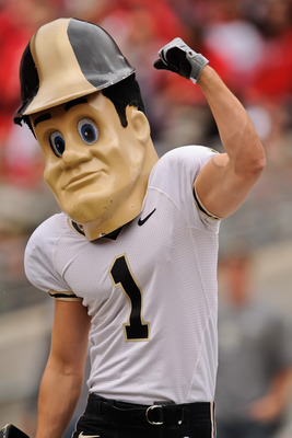 COLUMBUS, OH - OCTOBER 23:  Mascot Purdue Pete of the Purdue Boilermakers cheers on his team against the Ohio State Buckeyes at Ohio Stadium on October 23, 2010 in Columbus, Ohio.  (Photo by Jamie Sabau/Getty Images)