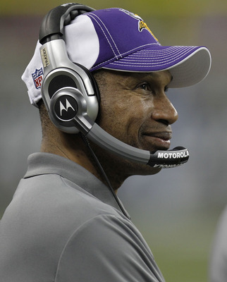 DETROIT, MI - JANUARY 02:  Interim head coach Leslie Frazier of the Minnesota Vikings looks on from the bench while playing the Detroit Lions at Ford Field on January 2, 2011 in Detroit, Michigan. Detroit won the game 20-13.  (Photo by Gregory Shamus/Gett