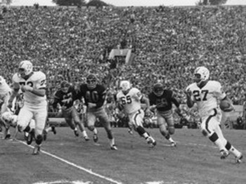 University-of-wisconsin-mens-sports-football-1963-rose-bowl-game-action-wis-m-f-00160md_display_image_display_image