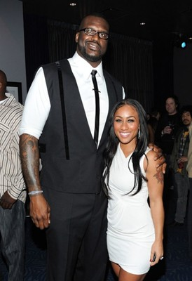 Shaq-and-hoopz_display_image