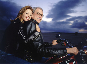 Phil-jackson-jeanie-buss_display_image