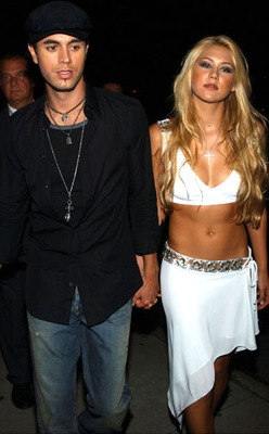 Kournikova-iglesias_display_image