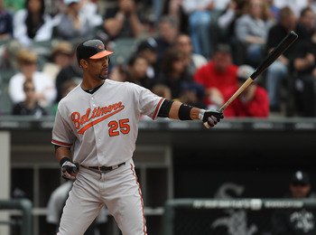 CHICAGO, IL - MAY 01: Derrick Lee #25 of the Baltimore Orioles prepares to bat against the Chicago Whiute Sox at U.S. Cellular Field on May 1, 2011 in Chicago, Illinois. The Orioles defeated the White Sox 6-4. (Photo by Jonathan Daniel/Getty Images)