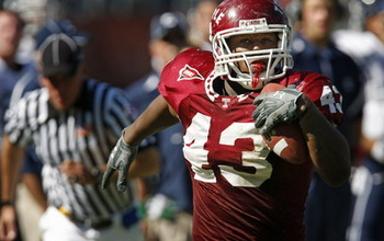 Adrian-robinson-temple-football-5a3c9d3bfae121c5_large_display_image