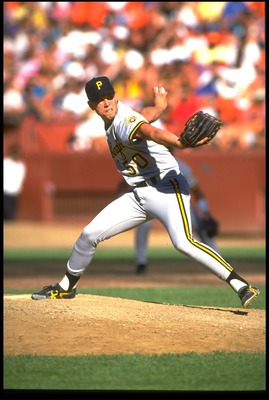 PITTSBURGH PIRATES PITCHER STAN BELINDA WINDS UP TO PITCH DURING A PIRATES VERSUS OAKLAND ATHLETICS GAME AT THE OAKLAND COLISEUM IN OAKLAND, CALIFORNIA