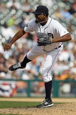DETROIT - APRIL 13: Jose Valverde #46 of the Detroit Tigers pitches during the ninth inning of the game at Comerica Park on April 13, 2011 in Detroit, Michigan. The Tigers defeated the Rangers 3-2.  (Photo by Leon Halip/Getty Images)