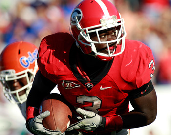JACKSONVILLE, FL - OCTOBER 30:  Washaun Ealey #3 of the Georgia Bulldogs runs for yardage during the game against the Florida Gators at EverBank Field on October 30, 2010 in Jacksonville, Florida.  (Photo by Sam Greenwood/Getty Images)