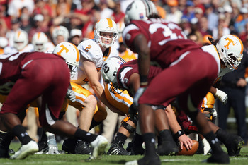 COLUMBIA, SC - OCTOBER 30:  Matt Simms #2 of the Tennessee Volunteers against the South Carolina Gamecocks during their game at Williams-Brice Stadium on October 30, 2010 in Columbia, South Carolina.  (Photo by Streeter Lecka/Getty Images)