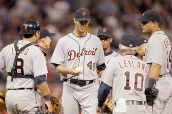 MINNEAPOLIS - OCTOBER 06: Starting pitcher Rick Porcello #48 of the Detroit Tigers is relieved by manager Jim Leyland during the American League Tiebreaker game against the Minnesota Twins on October 6, 2009 at Hubert H. Humphrey Metrodome in Minneapolis,