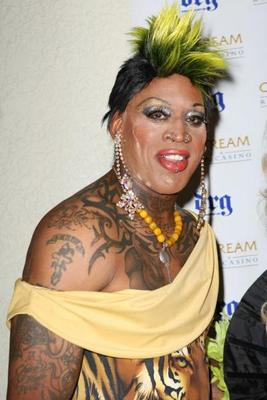 Dennis-rodman-drag_display_image