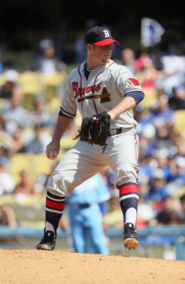 LOS ANGELES, CA - APRIL 21:  Craig Kimbrel #46 of the Atlanta Braves pitches against the Los Angeles Dodgers at Dodger Stadium on April 21, 2011 in Los Angeles, California.  (Photo by Jeff Gross/Getty Images)
