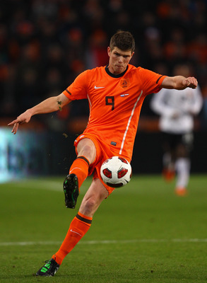 Huntelaar playing for Holland
