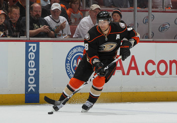 ANAHEIM, CA - APRIL 15:  Teemu Selanne #8 of the Anaheim Ducks skates against the Nashville Predators in Game Two of the Western Conference Quarterfinals during the 2011 NHL Stanley Cup Playoffs at Honda Center on April 15, 2011 in Anaheim, California.  (