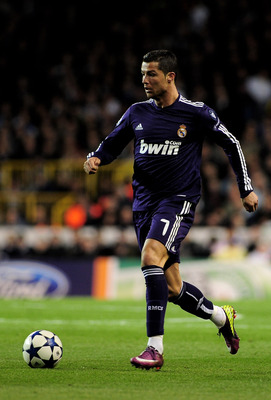 Ronaldo Running with the ball