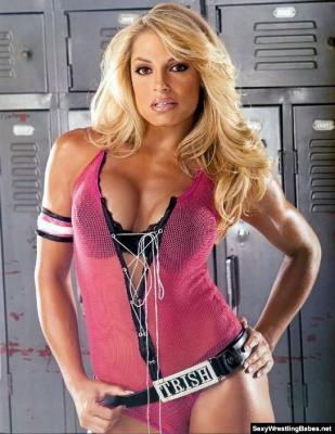 Trish-stratus-0038_display_image
