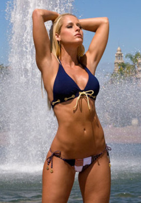 Kelly mccool bikini pics, naked hayden panettiere pics