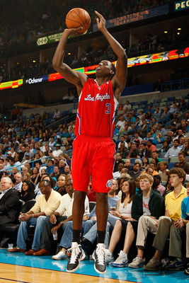 NEW ORLEANS - NOVEMBER 09:  Al-Farouq Aminu #3 of the Los Angeles Clippers shoots the ball during the game against the New Orleans Hornets at the New Orleans Arena on November 9, 2010 in New Orleans, Louisiana. The Hornets defeated the Clippers 101-82.   