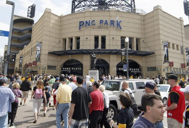 PITTSBURGH - APRIL 05: Fans head into PNC Park prior to Pittsburgh Pirates playing the Los Angeles Dodgers before the Home Opener for the Pittsburgh Pirates on April 5, 2010 at PNC Park in Pittsburgh, Pennsylvania. (Photo by Gregory Shamus/Getty Images)
