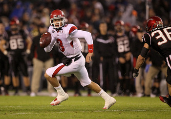 SAN DIEGO - NOVEMBER 20:  Quarterback Jordan Wynn #3 of the Utah Utes scrambles against the San Diego State Aztecs at Qualcomm Stadium on November 20, 2010 in San Diego, California.  Utah won 38-34.  (Photo by Stephen Dunn/Getty Images)