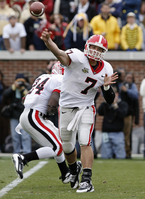 ATLANTA - NOVEMBER 24: Quarterback Matthew Stafford #7 of the Georgia Bulldogs throws a screen pass during the game against the Georgia Tech Yellow Jackets on November 24, 2007 at Bobby Dodd Stadium at Historic Grant Field in Atlanta, Georgia.  (Photo by
