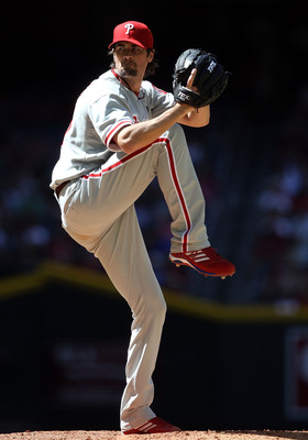 PHOENIX, AZ - APRIL 27:  Starting pitcher Cole Hamels #35 of the Philadelphia Phillies pitches against the Arizona Diamondbacks during the Major League Baseball game at Chase Field on April 27, 2011 in Phoenix, Arizona.  The Phillies defeated the Diamondb