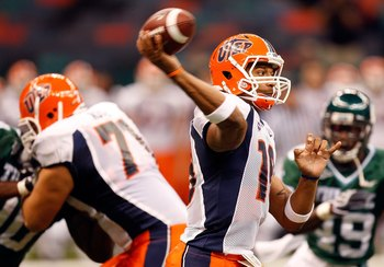 NEW ORLEANS - NOVEMBER 07:  Quarterback Trevor Vittatoe #10 of the UTEP Miners at Louisana Superdome on November 7, 2009 in New Orleans, Louisiana.  (Photo by Ronald Martinez/Getty Images)