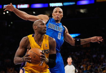 LOS ANGELES, CA - MAY 02:  Lamar Odom #7 of the Los Angeles Lakers drives to the basket as he is guarded by Shawn Marion #0 of the Dallas Mavericks from behind in the second quarter in Game One of the Western Conference Semifinals in the 2011 NBA Playoffs