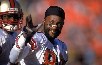 23 Dec 2000:  Jerry Rice #80 of the San Francisco 49ers waves to his fans during the game against the Denver Broncos at the Mile High Stadium in Denver, Colorado. The Broncos defeated the 49ers 38-9.Mandatory Credit: Harry How  /Allsport