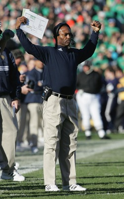 SOUTH BEND, IN - NOVEMBER 13:  Head coach Tyrone Willingham of the University of Notre Dame Fighting Irish reacts during the game against the University of Pittsburgh Panthers on November 13, 2004 at Notre Dame Stadium in South Bend, Indiana. Pittsburg de