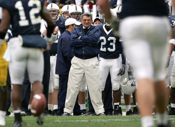 STATE COLLEGE, PA - OCTOBER 23:  Head coach Joe Paterno of the Penn State Nittnay Lions watches as his offense struggles against the Iowa Hawkeyes as Iowa defeated Penn State 6-4 during NCAA football at Beaver Stadium on October 23, 2004 in State College,