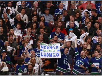 Canucks_display_image