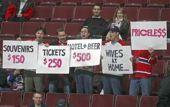 Priceless-hockey-fans_display_image