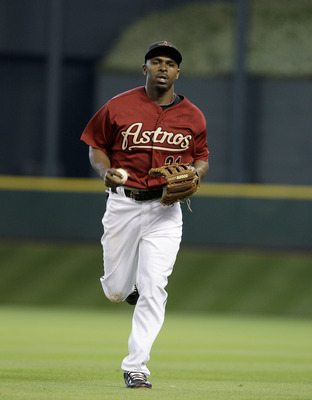 HOUSTON,TX- APRIL 10 :  Michael Bourn #21 of the Houston Astros runs in from the outfield while playing against the Florida Marlins in a MLB  baseball game on April 10, 2011 at Minute Maid Park in Houston, Texas. (Photo by Thomas B. Shea / Getty Images)