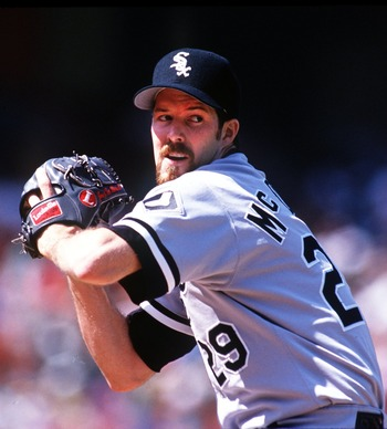 18 SEP 1993:  JACK MCDOWELL OF THE CHICAGO WHITE SOX ON THE PITCHERS MOUND DURING THEIR GAME AT THE OAKLAND A''S. Mandatory Credit: Otto Greule/ALLSPORT