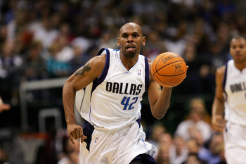 DALLAS - FEBRUARY 7:  Jerry Stackhouse #42 of the Dallas Mavericks dribbles against the Memphis Grizzlies on February 7, 2007 at American Airlines Center in Dallas, Texas. The Mavs won 113-97.  NOTE TO USER: User expressly acknowledges and agrees that, by