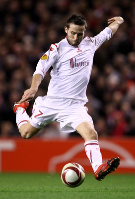 LIVERPOOL, ENGLAND - MARCH 18:  Yohan Cabaye of Lille in action during the UEFA Europa League Round of 16, second leg match between Liverpool and Lille at Anfield on March 18, 2010 in Liverpool, England.  (Photo by Alex Livesey/Getty Images)