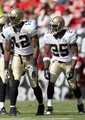 TAMPA, FL - NOVEMBER 5:  Marques Colston #12 Terrance Copper #18 Reggie Bush #25 of the New Orleans Saints gets ready to move at the snap during the game against the Tampa Bay Buccaneers on November 5, 2006 at Raymond James Stadium in Tampa, Florida. The
