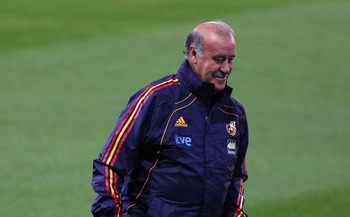 GLASGOW, SCOTLAND - OCTOBER 11:  Vincente Del Bosque the coach of Spain controls the ball during a training session ahead of their EURO 2012 Qualifying match against Scotland at Hampden Park on October 11, 2010 in Glasgow, Scotland.  (Photo by Alex Livese
