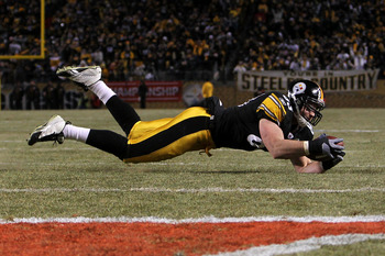 PITTSBURGH, PA - JANUARY 23:  Heath Miller #83 of the Pittsburgh Steelers catches a pass ruled incomplete against the New York Jets during the 2011 AFC Championship game at Heinz Field on January 23, 2011 in Pittsburgh, Pennsylvania.  (Photo by Nick Laham