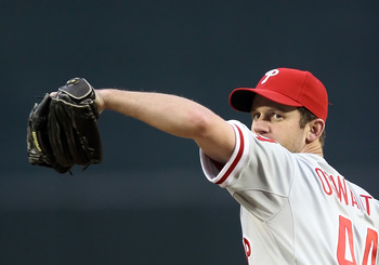 PHOENIX, AZ - APRIL 26:  Starting pitcher Roy Oswalt #44 of the Philadelphia Phillies pitches against the Arizona Diamondbacks during the Major League Baseball game at Chase Field on April 26, 2011 in Phoenix, Arizona. The Diamondbacks defeated the Philli