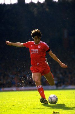 1988:  Alan Hansen of Liverpool in action during a match against Queens Park Rangers at Anfield in Liverpool, England. Liverpool won the match 4-0. \ Mandatory Credit: Simon  Bruty/Allsport