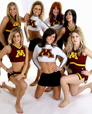 Minnesota-cheerleader-chelsie14_display_image